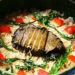 秋やま - 料理のしめくくりはやはり御飯。その都度炊き上げます。