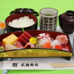 三朝寿司 - お刺身定食