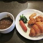 旨い魚と野菜の金澤じわもん料理 波の花 - 朝食ブッフェ。