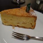 サッポロ珈琲館 - 洋梨のケーキ