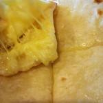 ウパハル - チーズナンの中身