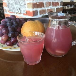 ピンクグレープフルーツのロゼサングリア!
