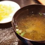 鳥与志 - 味噌汁、香の物