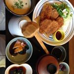 麦屋魚仙坊 - ヒレカツランチ(向きが変で)