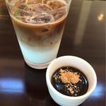 UTALO - カフェラテアイスとデザート