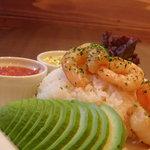 CAFE917 - *海老とアボカドのタルタルサルサ丼