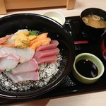 72822061 - 海鮮丼