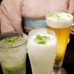 シンガポール・シーフード・リパブリック - パクチービール・パクチーモヒート・パクチーラッシー