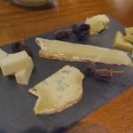ポンペット - チーズ盛り