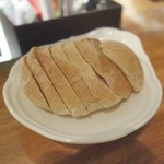 ポンペット - 自家製パン