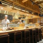 板前寿司 六本木店 - ④1階店内