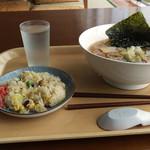 すわっこランド - 料理写真:ラーメン炒飯~☆