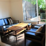 福日和カフェ - 入り口すぐのテーブル