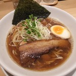 うまい麺には福来たる 西大橋店 - うまい醤油らー麺