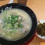 長浜ナンバーワン 博多デイトス店 - ラーメン+高菜
