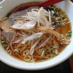 台湾料理 利葒縁 - 料理写真:醬油らーめん
