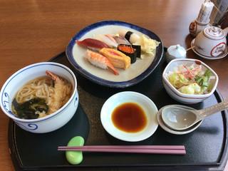 和食堂 舟津 - 火曜日限定 なみ寿司ランチ