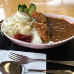 四季菜 - 料理写真:さくら湖ダムカレー