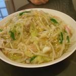 中華飯店 ながさこ - 細麺皿うどん、810円