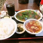 けん蔵 - レバニラ炒め定食