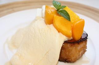 LONCAFE 江ノ島本店 - 完熟マンゴーとクリームチーズのフレンチトースト