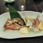 博多魚鮮水産 - お造りの残りは塩焼きに