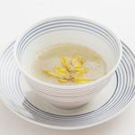 メゾン・ド・ユーロン - 長芋と菊花のとろみスープ