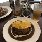 いーとん - カニとマッシュルームのオムレツカレー