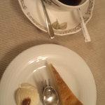 カフェ・デジャヴ - 水出しコーヒーとケーキ