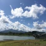 72862505 - 鶴の舞橋と岩木山