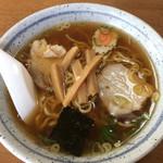 満月食堂 - ラーメン600円