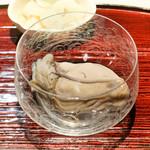 東麻布 天本 - 北海道仙鳳趾のかき