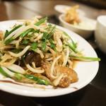 串かつ風土 - レバニラ定食