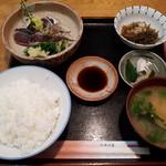 梅田 - かつおタタキ定食