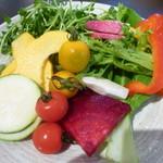 スープカレーと季節野菜ダイニング 彩 - 色とりどりのお野菜