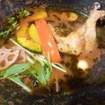 スープカレーと季節野菜ダイニング 彩 - 具材豊富