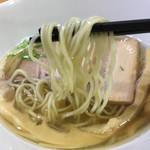 ラーメン HARU - 自家製麺は既に売り切れでしたが こちらの麺も美味しかったです!