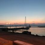 みなと食堂 - 綺麗な瀬戸内海の夕日