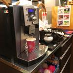 みなと食堂 - デロンギのコーヒーマシーン