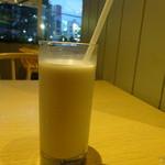 コスメ キッチン アダプテーション - バタフライピーナッツミルク