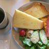 パンとコーヒーとひらりんと - 料理写真: