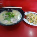 幸来亭 - 料理写真:「ラーメンセット」800円