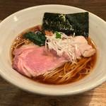 Homemade Ramen 麦苗 - Homemade Ramen 麦苗(むぎなえ)(東京都品川区南大井)醤油らあめん 780円
