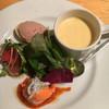 ナトワ - 料理写真:前菜盛り合わせ:野菜のポタージュ・パプリカのムース・カツオのスモーク・鶏レバーのパテ