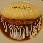 トリプルアール グリルキッチン - 料理写真:たんぽぽオムライス。