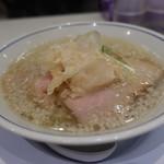 らーめん鱗 - 料理写真:☆【らーめん鱗 茨木店】さん…らーめん塩(≧▽≦)/~♡☆
