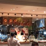 ラ・メール・プラール - オープンキッチン