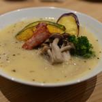 EBISU FRY BAR - 秋野菜とさつま芋のポタージュ蕎麦