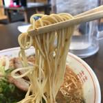 長崎亭 - 麺は細麺