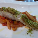 イルピノーロ・レヴィータ - ハーブの香りと身離れのいい鯛の食感がいい。